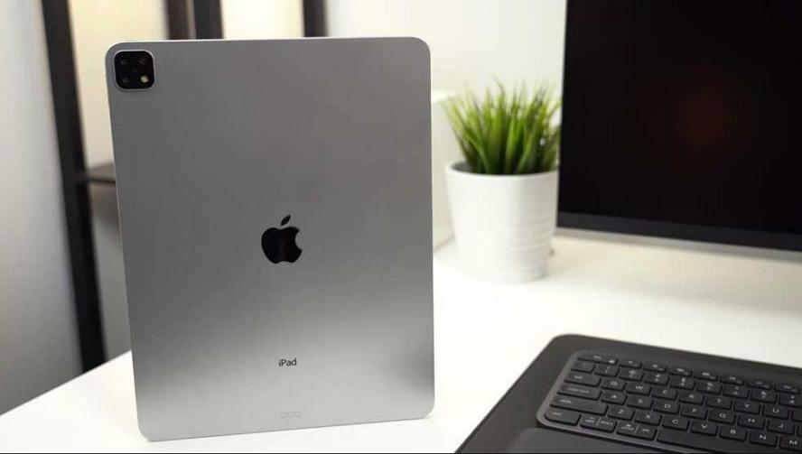 2019 年iPad Pro 最终模型机曝光 - 三镜头设计成最大亮点 苹果新闻 第1张