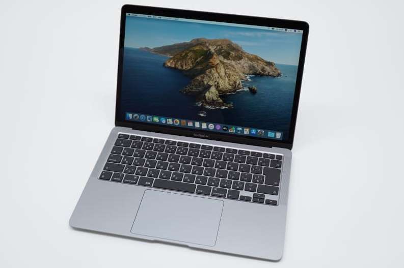 MacBook Air 2020上下左右按键采用T型设计
