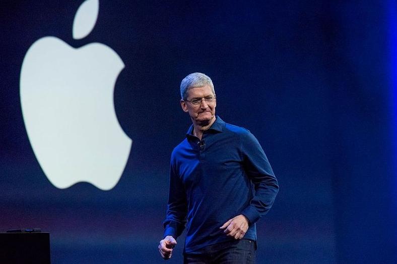 苹果公布上季度业绩按年下跌约3% : 但无法对本季度业绩作出预测