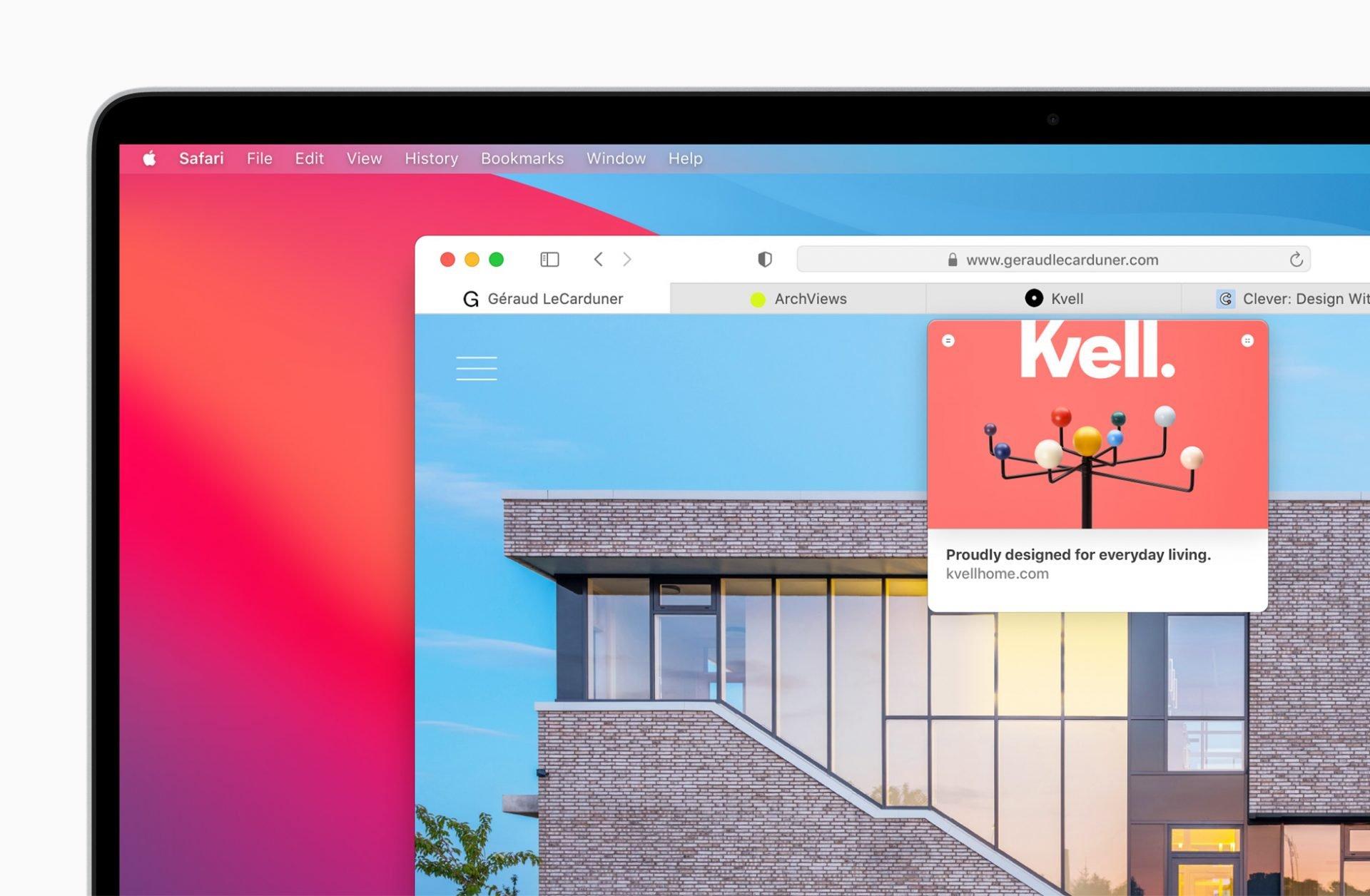 Safari 可以预览Tab 页面的内容。
