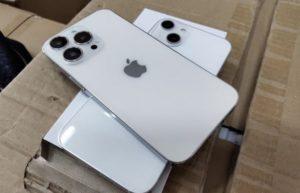iPhone 13 Pro模型机曝光:听筒会移到这个位置?
